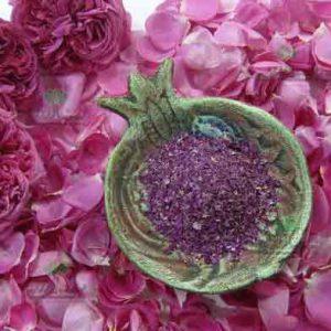 گل سرخ خشک شده