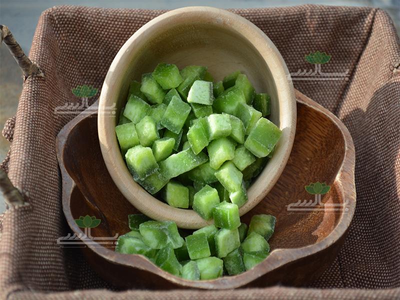 پوملو سبز