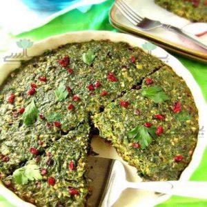 عکس کوکو سبزی همراه با زرشک