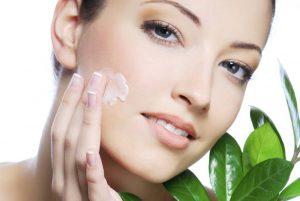 عکس چه گیاهانی برای پوست مفید است؟