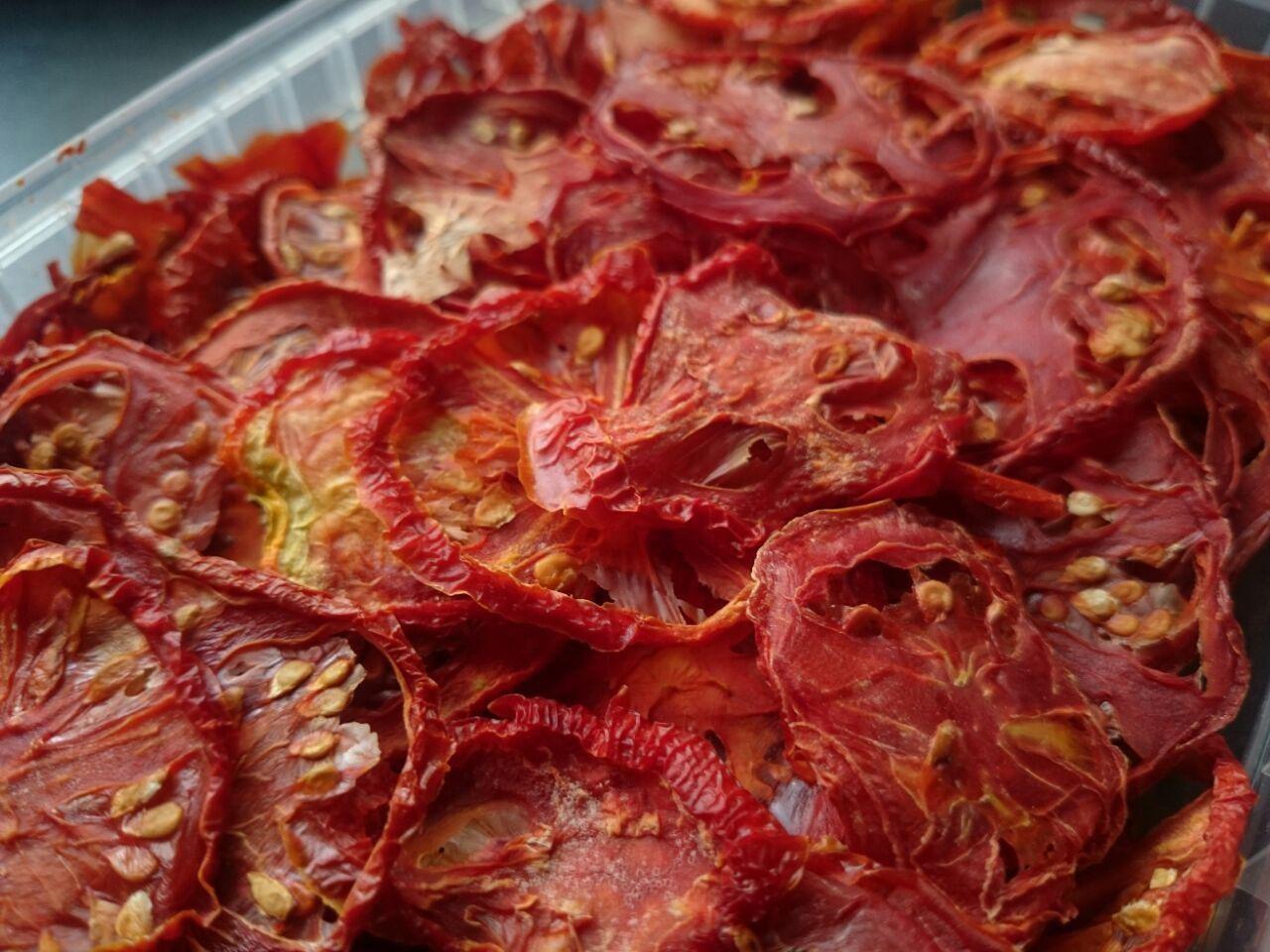خرید عمده گوجه فرنگی خشک صادراتی